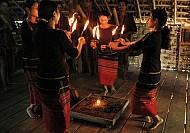 Lễ nhóm lửa - Phong tục người Tày