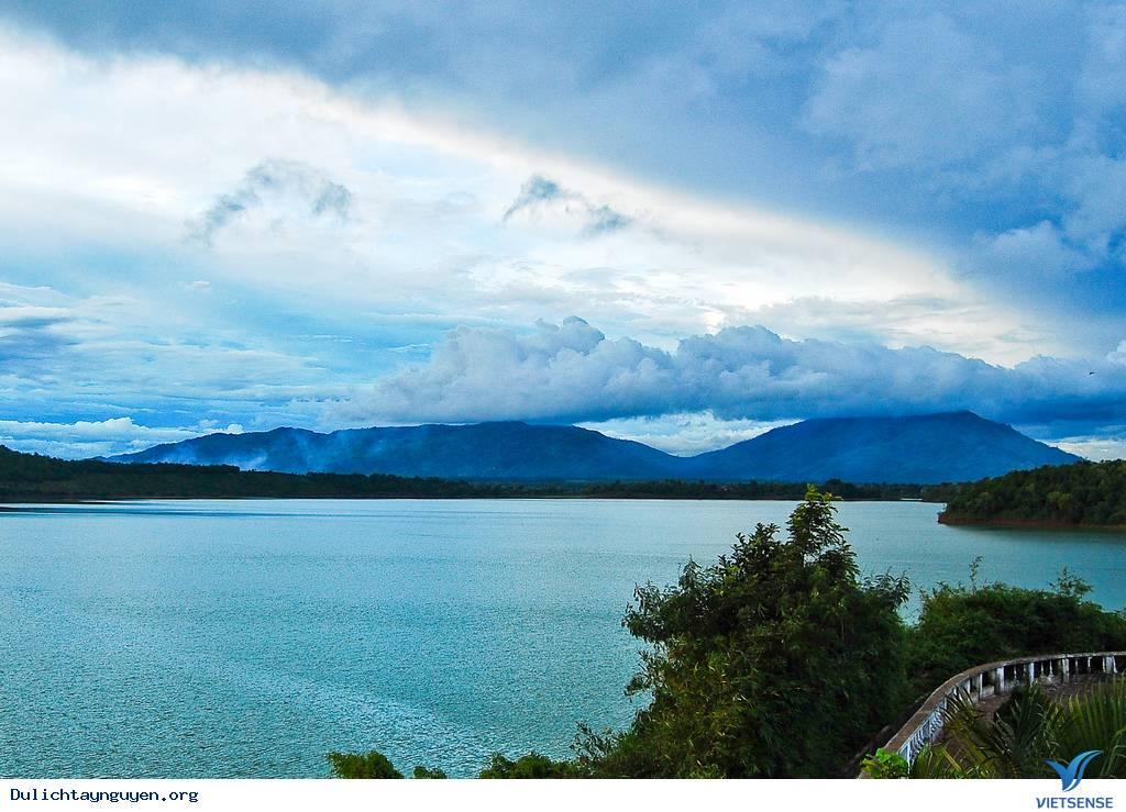 Điểm Du Lịch Gia Lai: Biển Hồ
