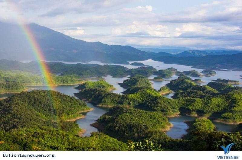 Tham quan đảo nổi giữa cao nguyên M'Nông